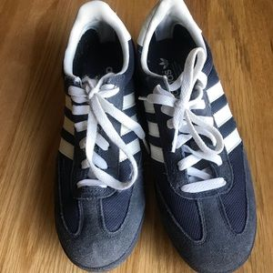 Adidas classic shoes size 7.5